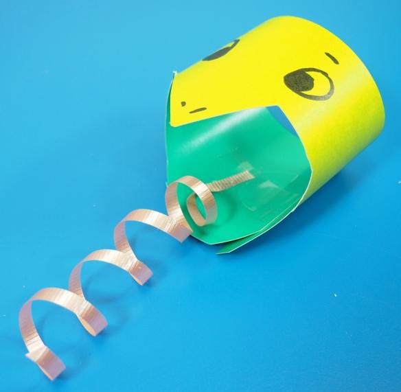 tube snake paper roll