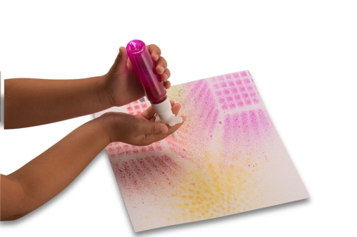 54466 Junior Paint Spritzer Hands 2.jpg
