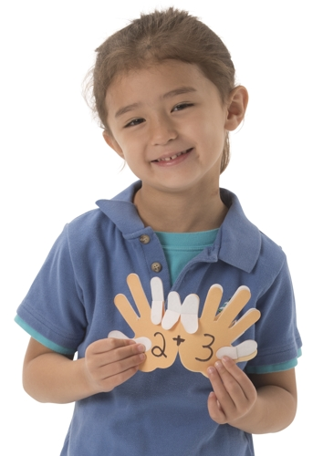 Roylco_7796 Counting Finger Handbook child.jpg
